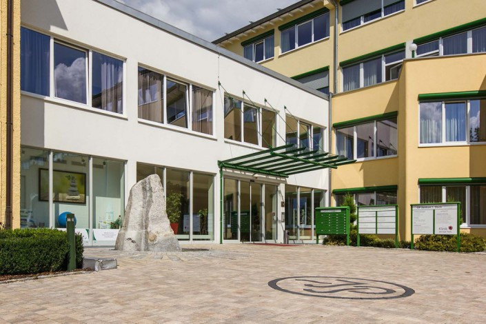 Außenansicht Galerie Plattling-Isar Park4